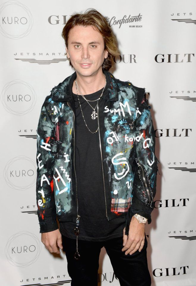 Feb 2017. KIM Kardashians pal Jonathan Cheban is currently starring on the new series of Celebs Go Dating.