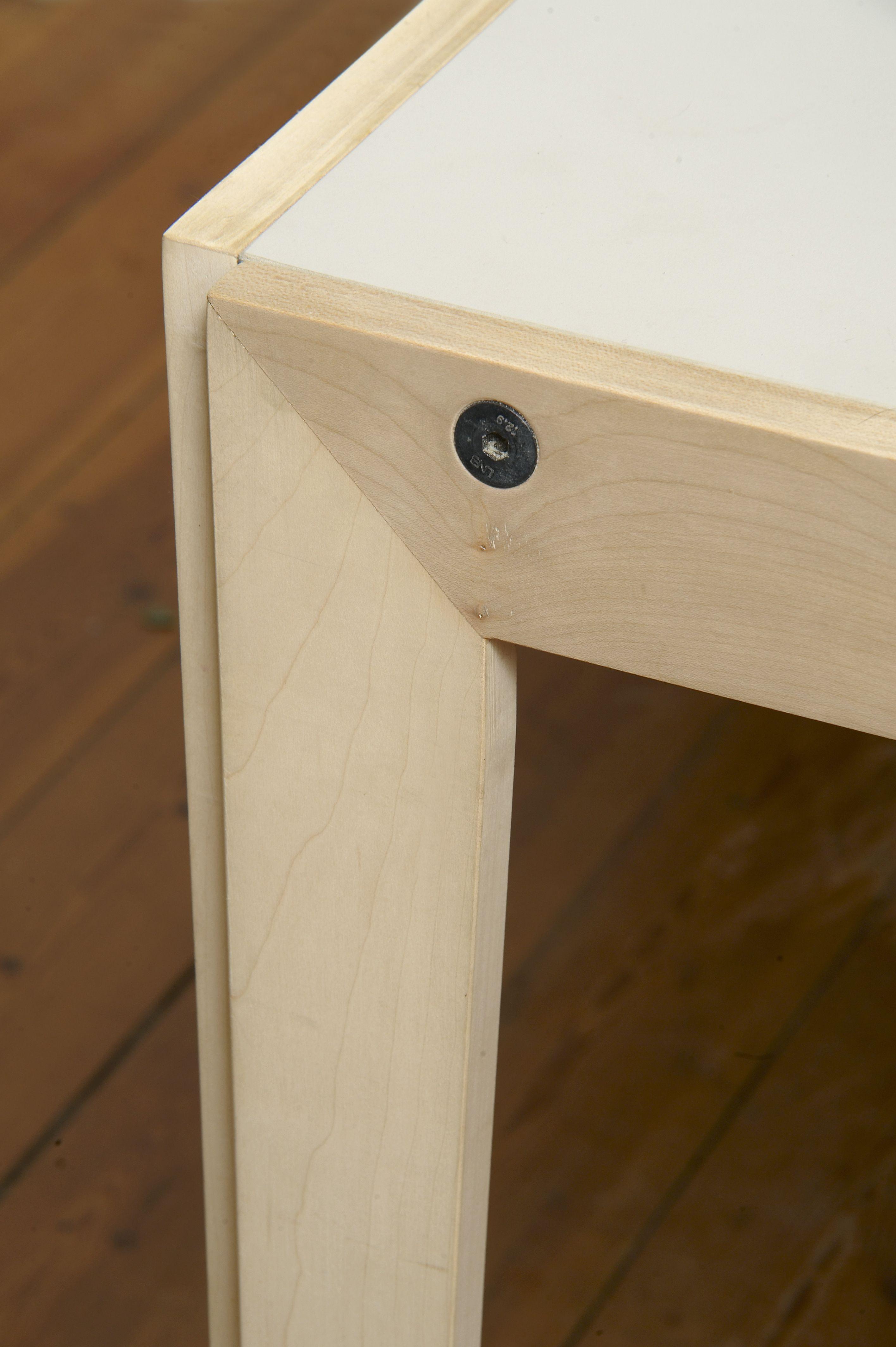 Desktop  – Furniture Linoleum – Forbo – interior design – blendwerk - table -  Jacob Schou