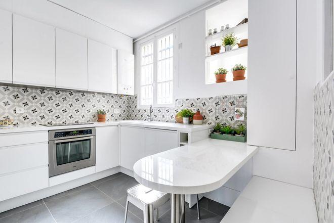 Contemporary Kitchen by As de Carreaux interior inspiration