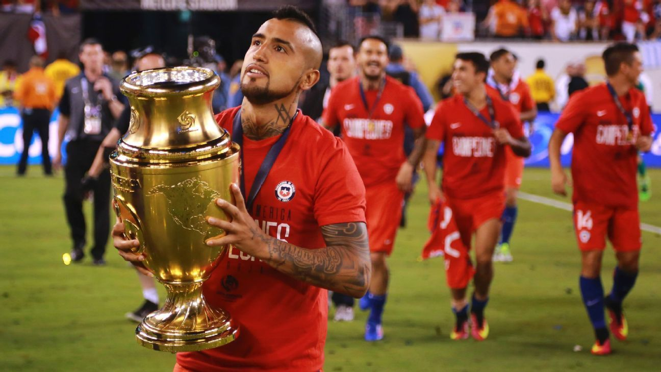 Transfer Rater Arturo Vidal To Chelsea Barcelona S Aleix Vidal To Swansea Messi And Ronaldo Soccer Team Usa Soccer