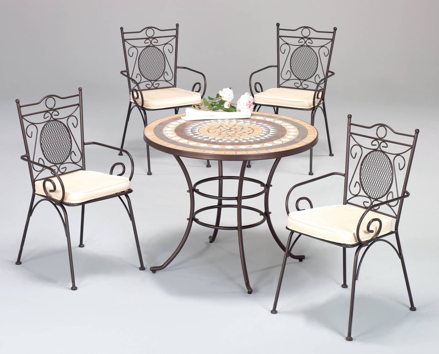 Pin de pedro rodriguez en mesa y sillas terraza en 2019 - Sillas de forja para comedor ...