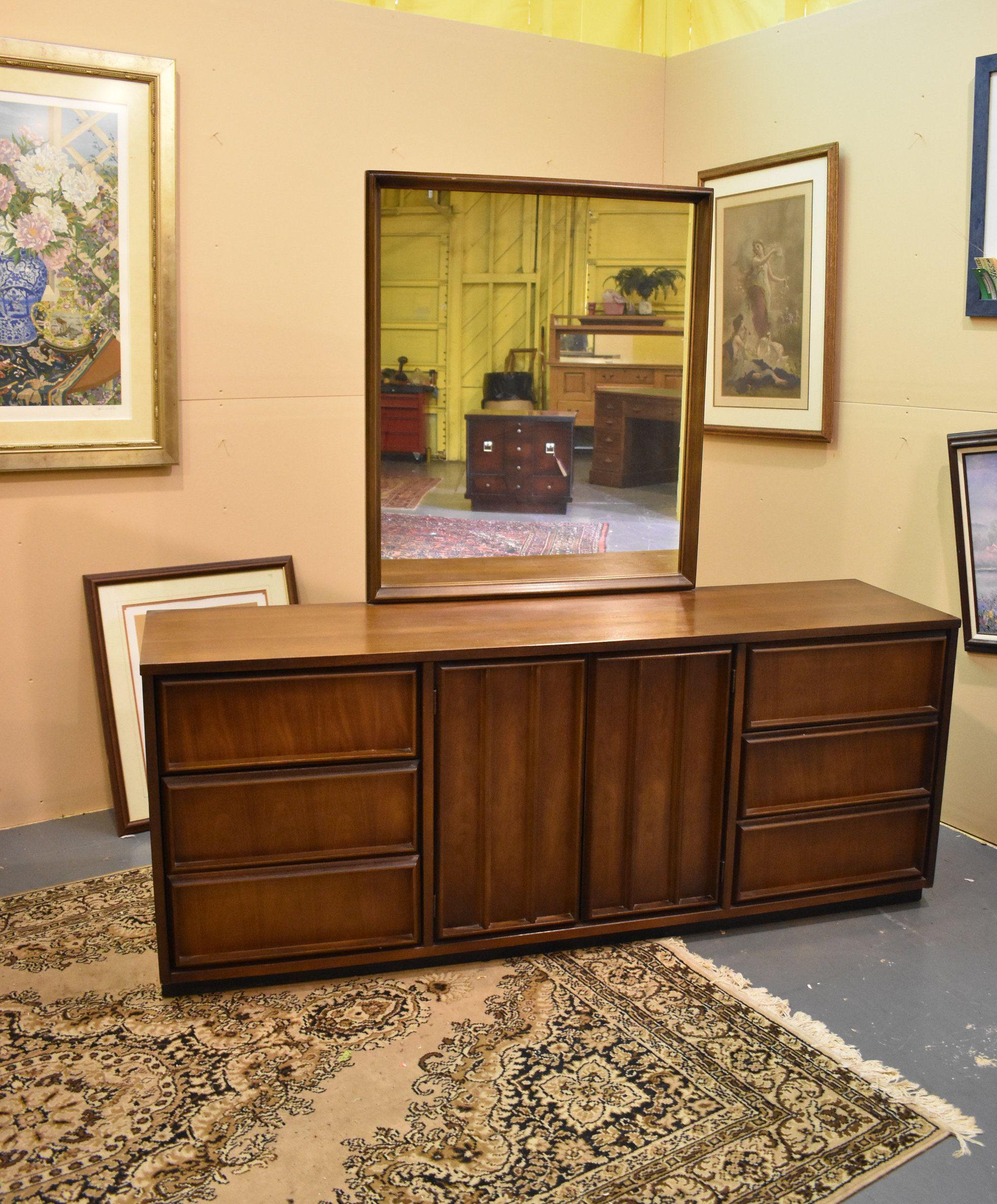 Best Bassett Mid Century Modern Vintage Triple Dresser With 400 x 300
