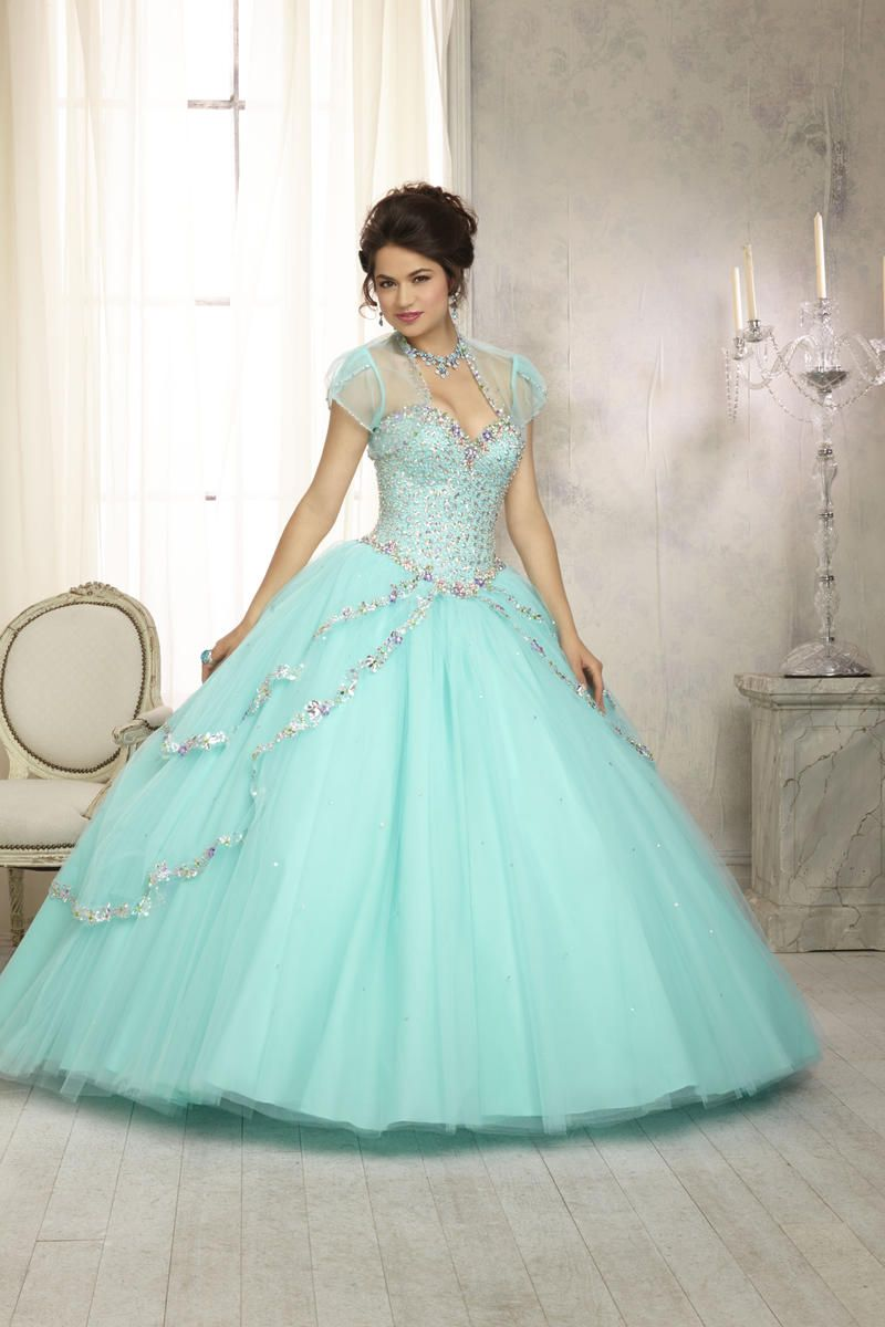We carry fabulous sweet 16, Bat Mitzvah, prom gowns, black tie and ...