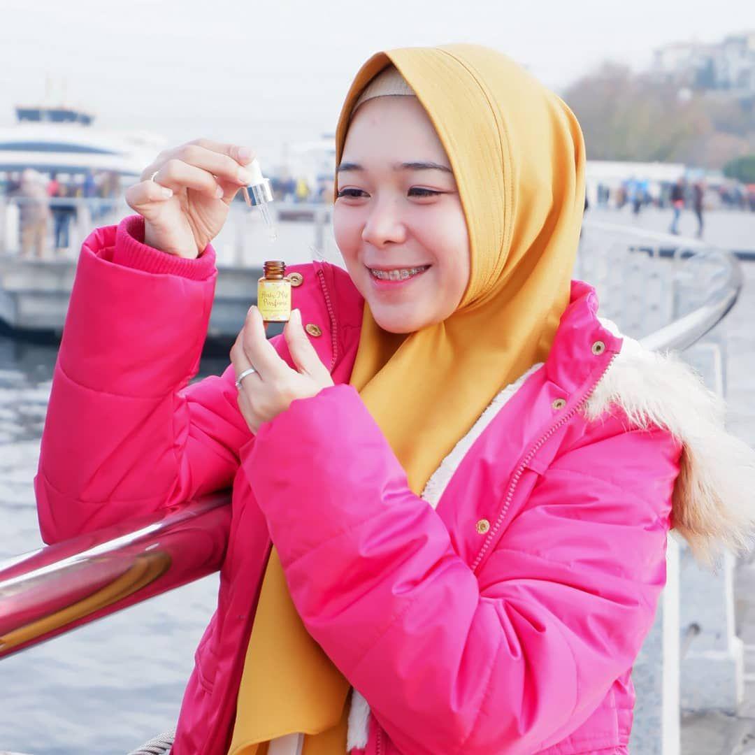Niiiih Buat Yang Sering Ngeluh Rambutnya Bau Asap Atau Apek Karna Seharian Beraktivitas Diluar Rumah Hair Mist Parfume Turki Dari Rambut Mist Turki