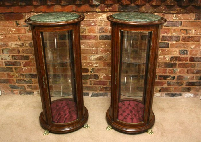A Pair Of Highly Decorative Display Cabinets   Stock   Antiques Young Guns  Www.bradleycarnesfineart