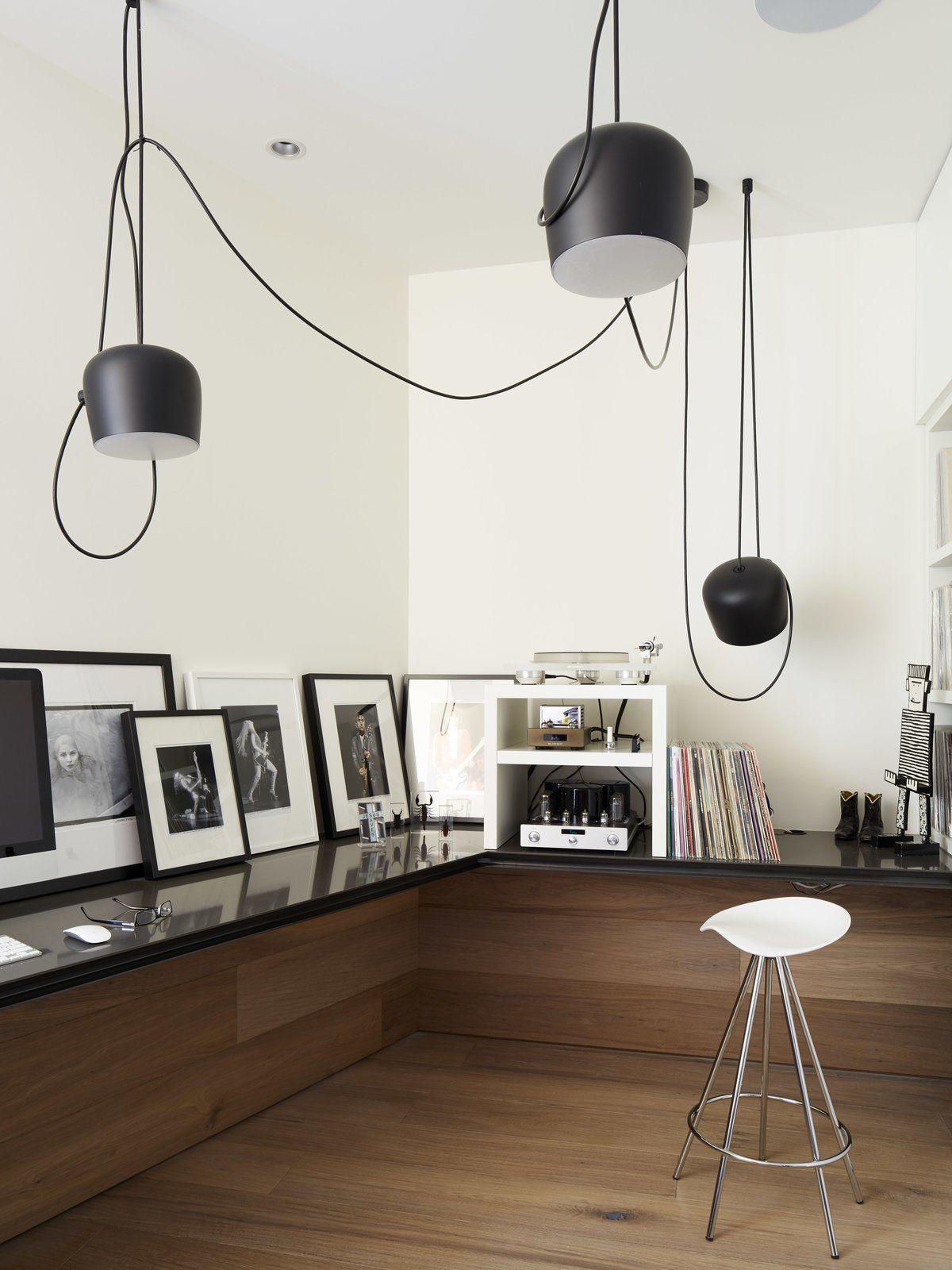 The E Incorporates Modern Home Office Ideas Like Sleek Black Countertops That