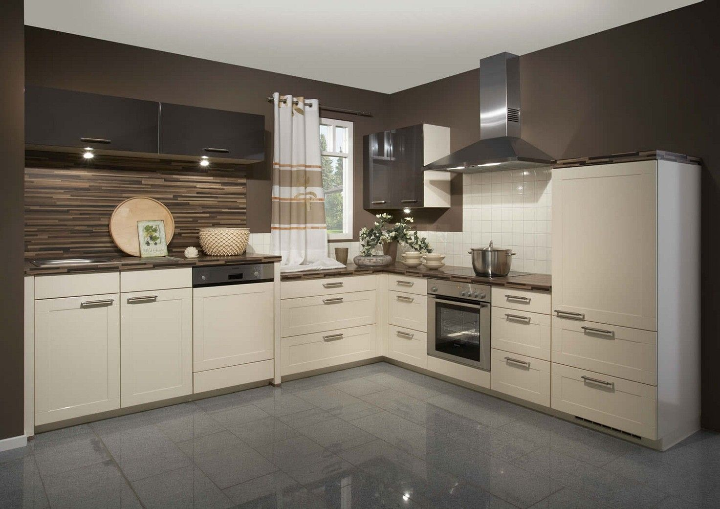Küche Magnolia Welche Wandfarbe Cream Kitchen Cabinets With Grey Walls | Kuchnia | Gloss