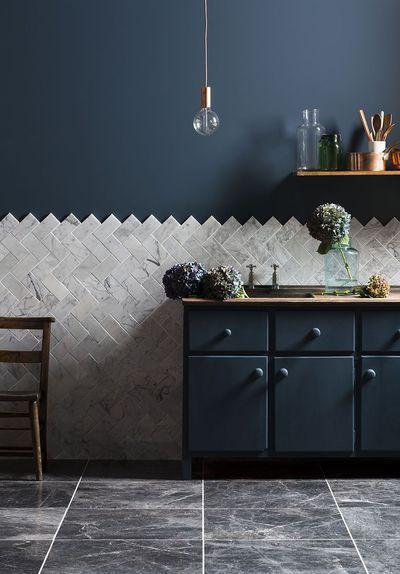 Cuisine Gris Idées Pour Adopter La Couleur Interiors - Carrelage marbre cuisine pour idees de deco de cuisine