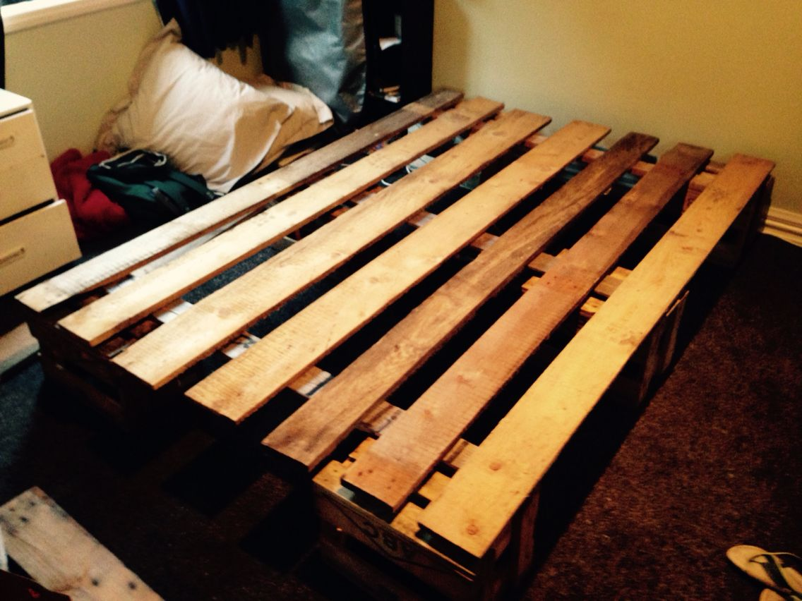 Pallet bed base Coffee table, Pallet coffee table, Beer