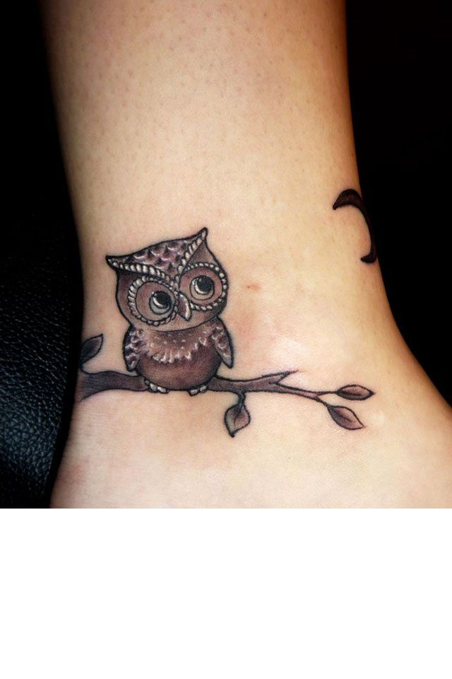 tatouages 50 dessins pour sublimer nos chevilles projets essayer tattoo ideen. Black Bedroom Furniture Sets. Home Design Ideas
