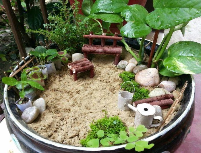 Diy Ideen Mini Garten Pflanzen Sand Holzmöbel | Dies Und Das ... Mini Garten Aus Sukkulenten Selber Machen
