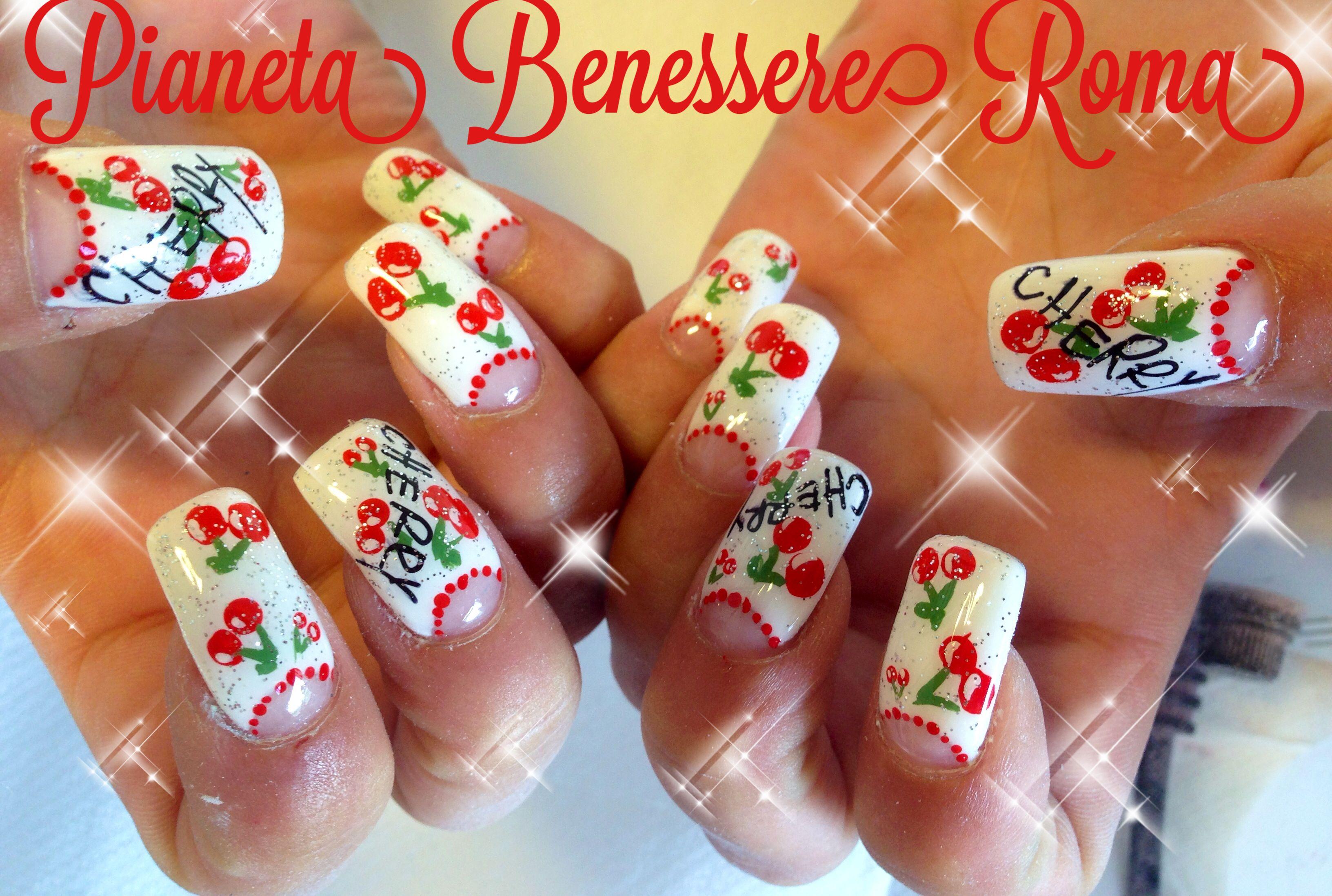 Eleonora Nails cherry summer Nails