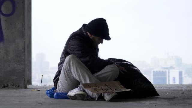 Homeless Man Trash Bag Google Search Homeless Man Trash Bag Homeless