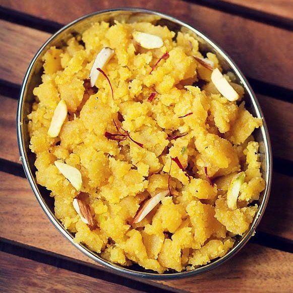 besan ka halwa in 2020 besan ka halwa recipe veg recipes of india besan halwa recipe on hebbar s kitchen halwa id=96020