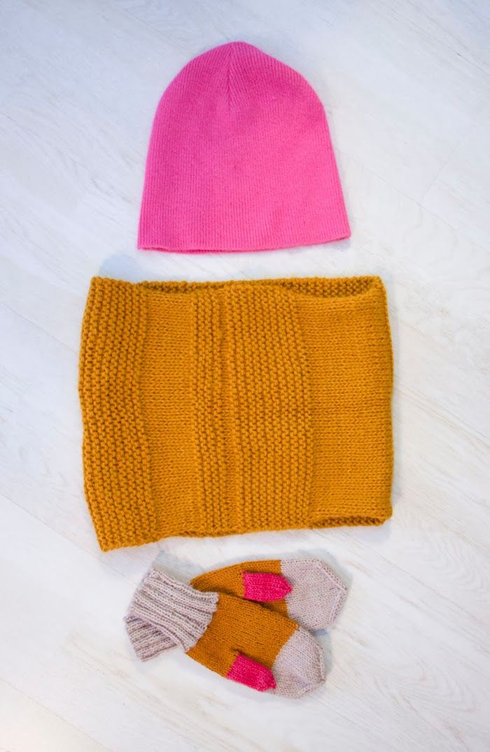 Sort of pink.: Pink + yellow = HOT.