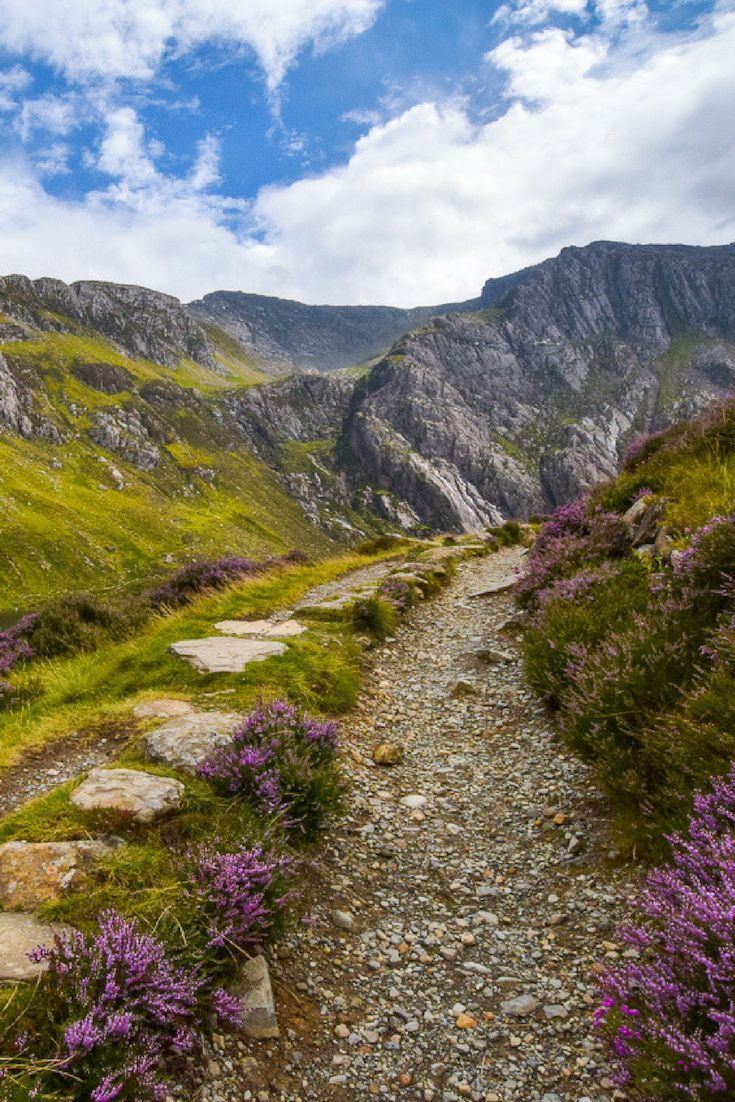 9 BEST Walks in Snowdonia (+ Options to Extend Hikes & Easy Walks) - Becky the Traveller