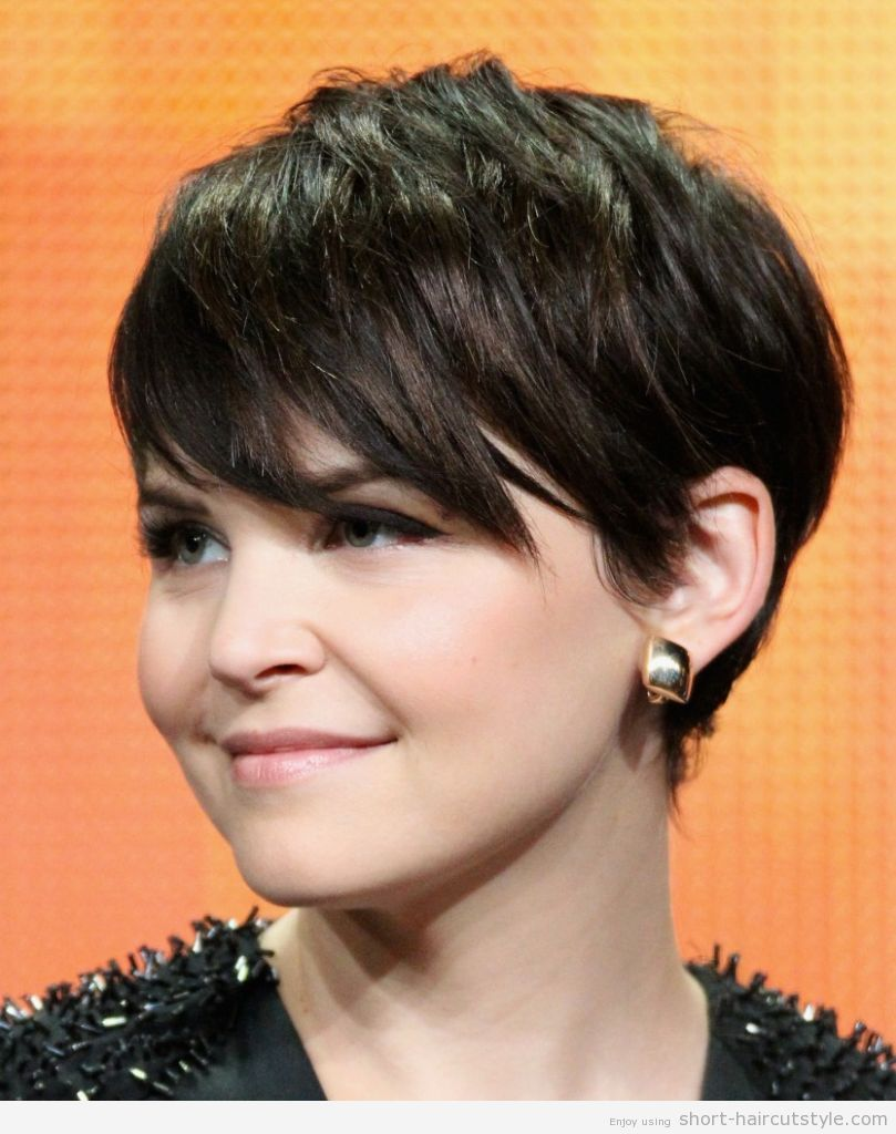 Love short hairstyles for round face wanna give your hair a new look short hairstyles for round face is a good choice for you