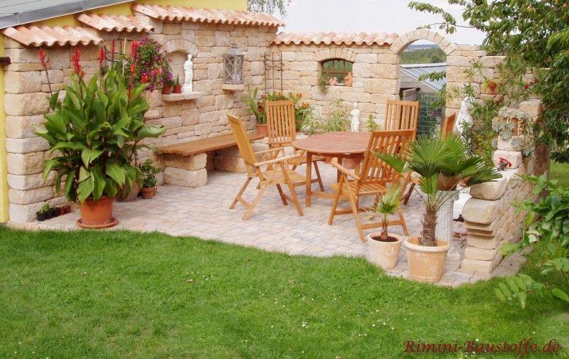 Teja Curva – Farbe Viellja castilla – mediterrane Sitzecke mit Betonmauersteinen