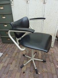 Vintage Bureaustoel De Wit.Oude Bureaustoel Gebroeders De Wit Stoelen En Banken