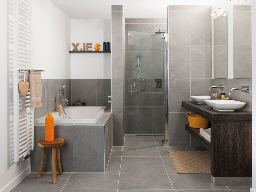 grote tegels in kleine badkamer - google zoeken - home | pinterest, Badkamer