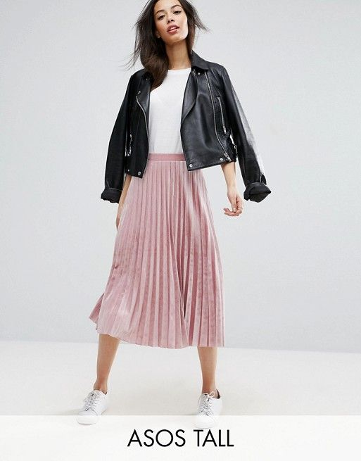 f20076fede Discover Fashion Online Black leather jacket with pleated pink midi skirt  and white tee Casual autumn outfit University first day of