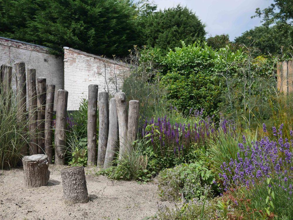 Op zoek naar een tuinontwerp of tuinarchitect de peppels ontwerpt
