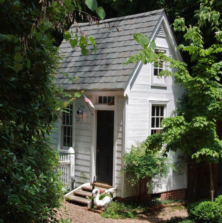 Construire son abri de jardin en bois\u2013 astuces et photos - Deco