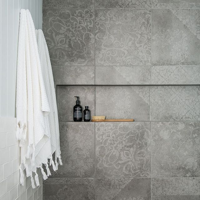 That Time Of Night When I Should Be Sleeping But I Choose To Run Around The House Cleaning And Then Decide To Ta With Images Beaumont Tiles Boho Bathroom Hamptons Decor