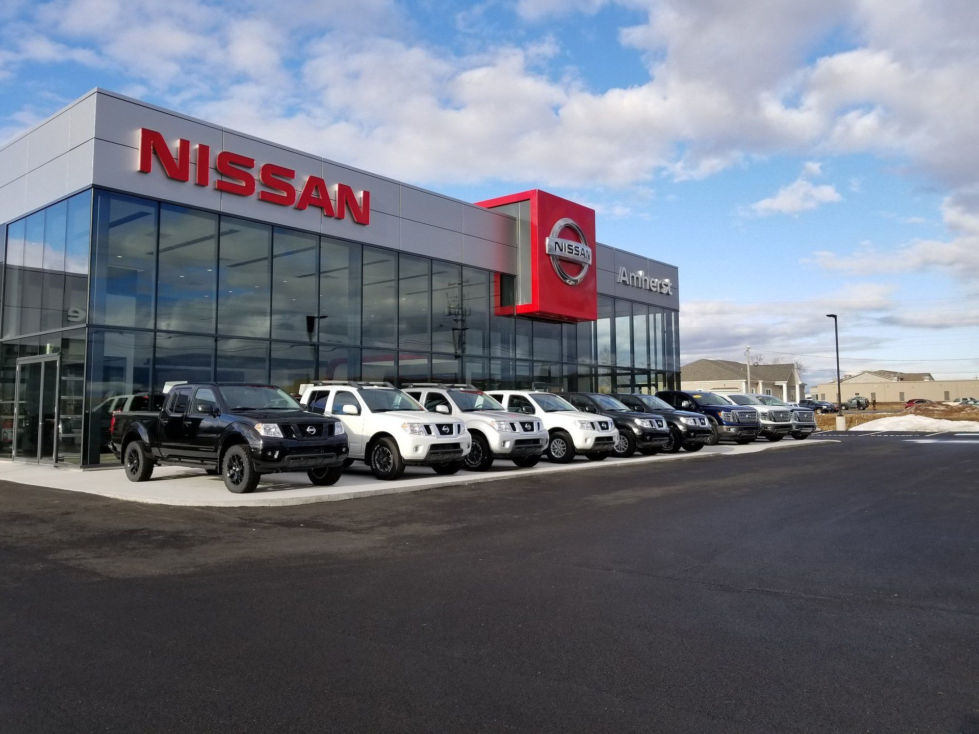 sales used car motors dealer nissan launceston new