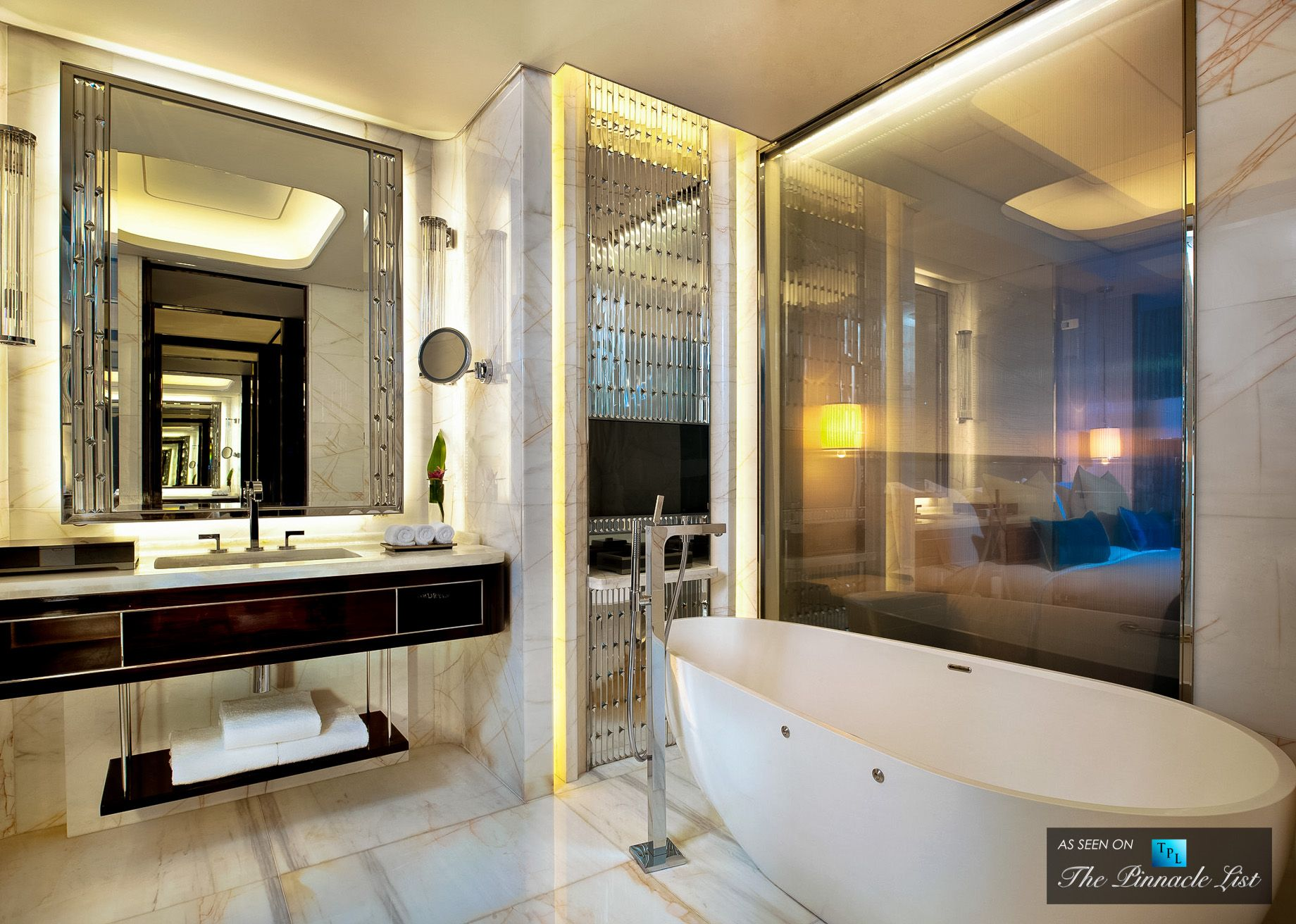 St regis luxury hotel shenzhen china deluxe bathroom for New washroom designs