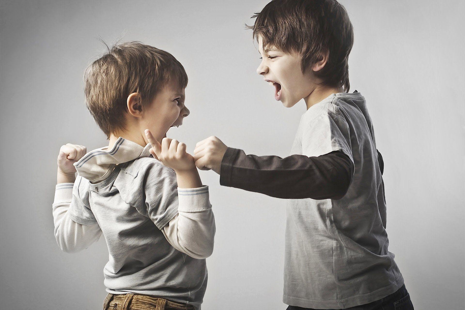 Как не сойти с ума, будучи мамой 2-3 детей?