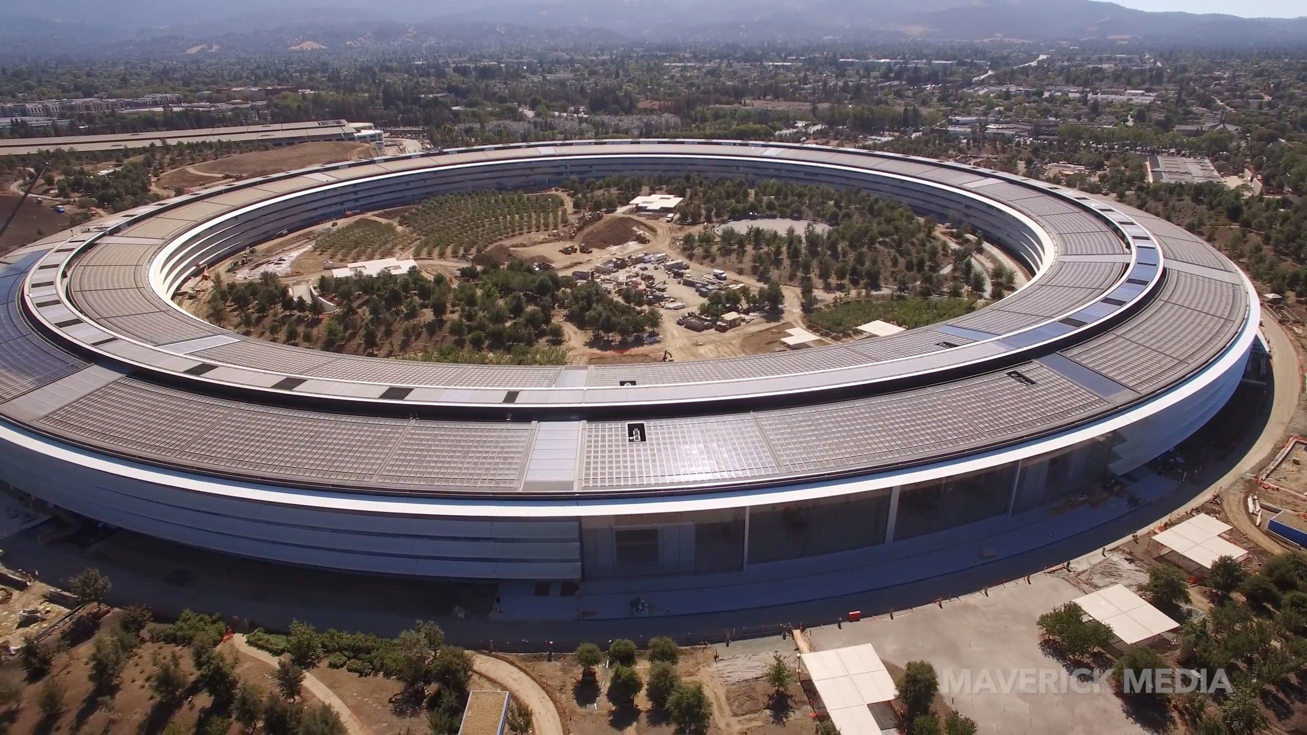 Video shows drone crashing on to Apple Park's roof | Apple ...