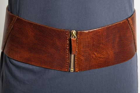 Seriously, I wear this belt w/everything!!!!!!!  So pretty!