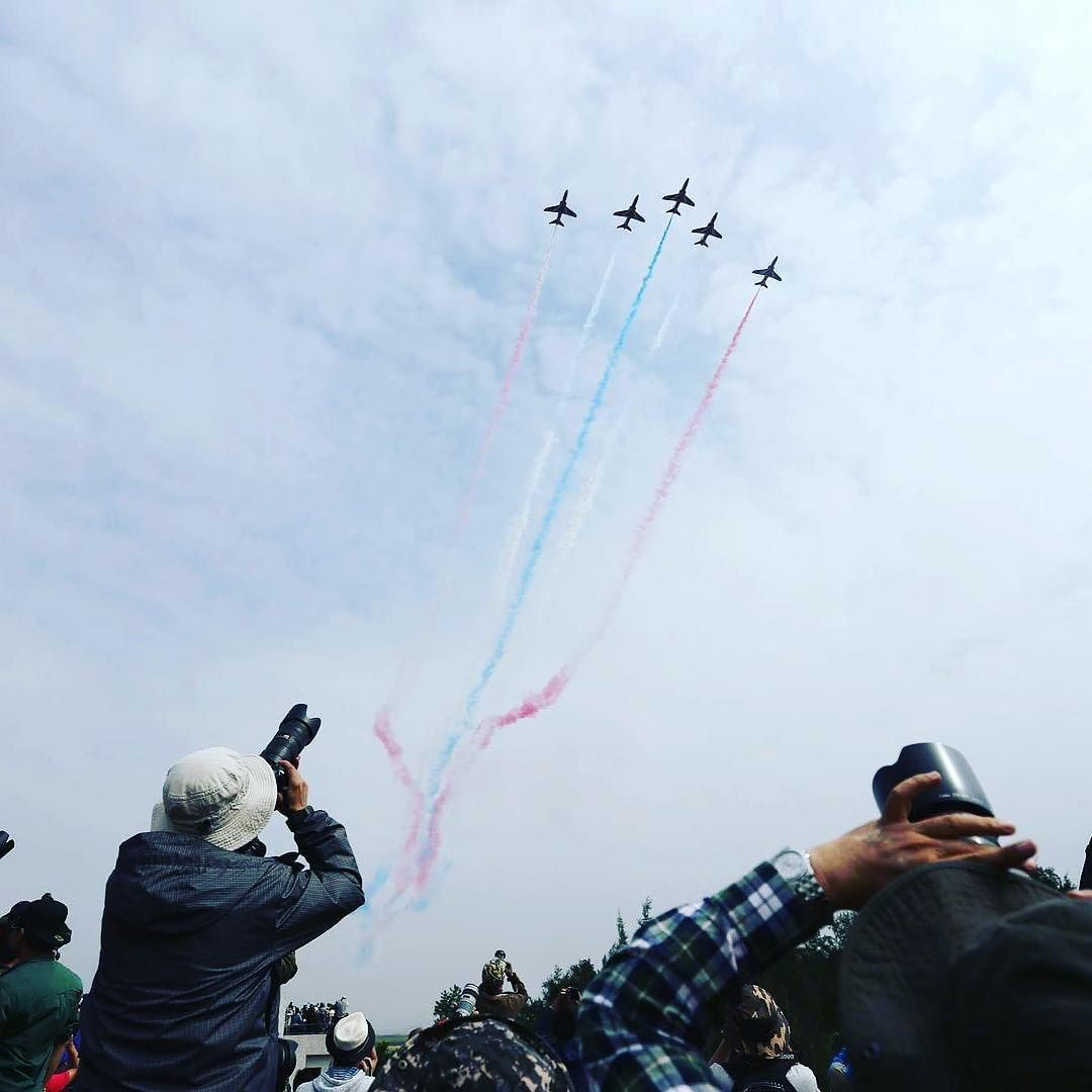 عرض جوي لطائرات حربية بمدينة تشوهاى الصينية تظهر في الصور طائرات