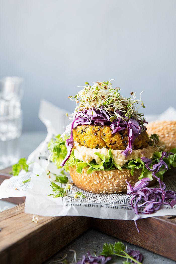 Carrot & Halloumi Burger :: Sonja Dahlgren/Dagmar's Kitchen