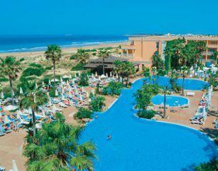 Bohlenweg Zum Strand Bild Hotel Hipotels Barrosa Park In Novo