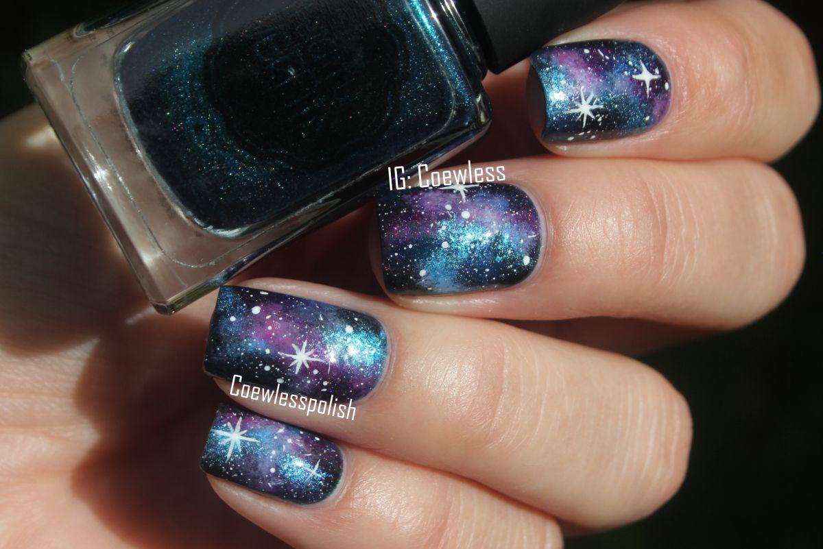 31dc2015 #19 Galaxiesa | Coewless nail polish blog