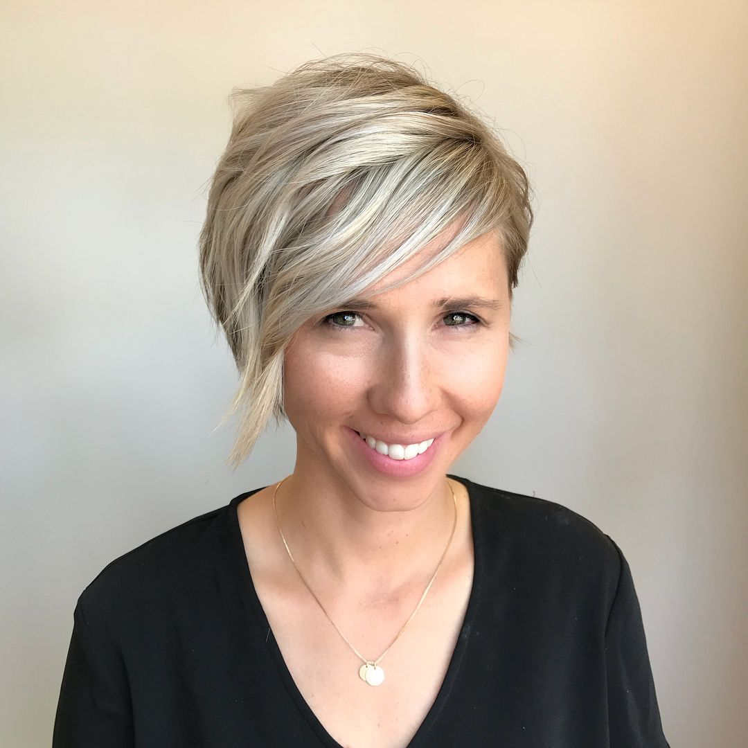 31+ Does shorter hair make a woman look younger trends