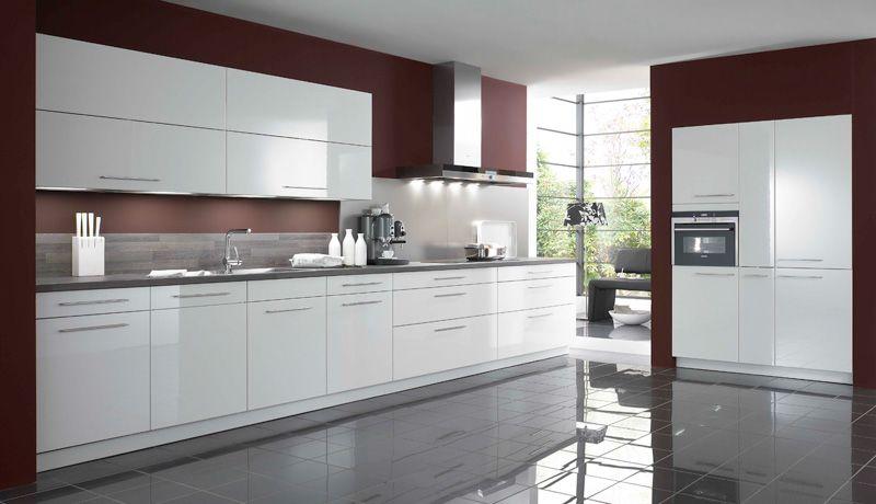 Tania Blanc Une Cuisine Blanche Tres Elegante Facade Mdf Epaisseur 19mm Laque Brillant Arriere Blanc Chant Epais 4 Co Kitchen Cabinets Kitchen Home Decor