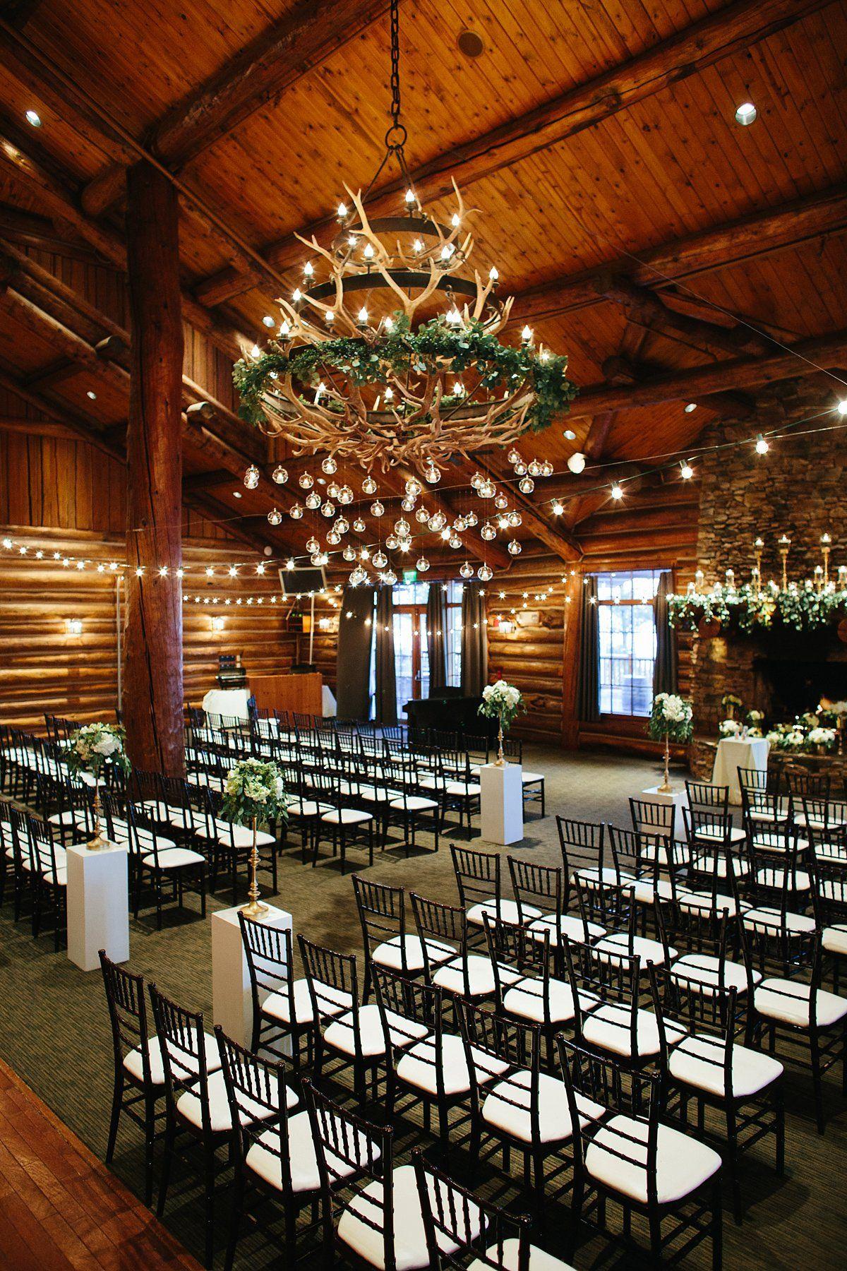 Married Mr And Mrs Grabast Wilderness Ridge Lincoln Ne The Leekers Photography Theleekers Com Nebraska Wedding Winter Wedding Dream Wedding