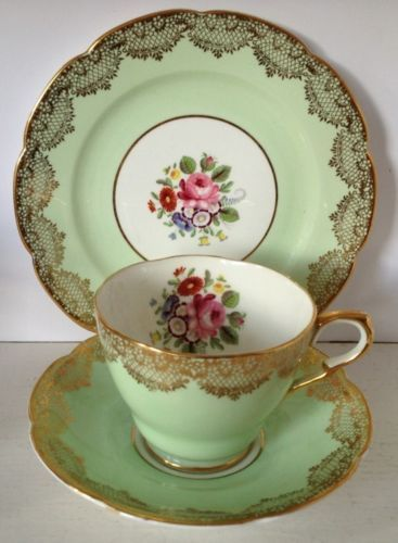 Vintage Collingwood Fine Bone China Trio Tea Cup Saucer Plate Pale Green Chintz In Pottery Porcelain Glass Ebay Tea Cups Tea Cup Saucer Vintage Chinaware