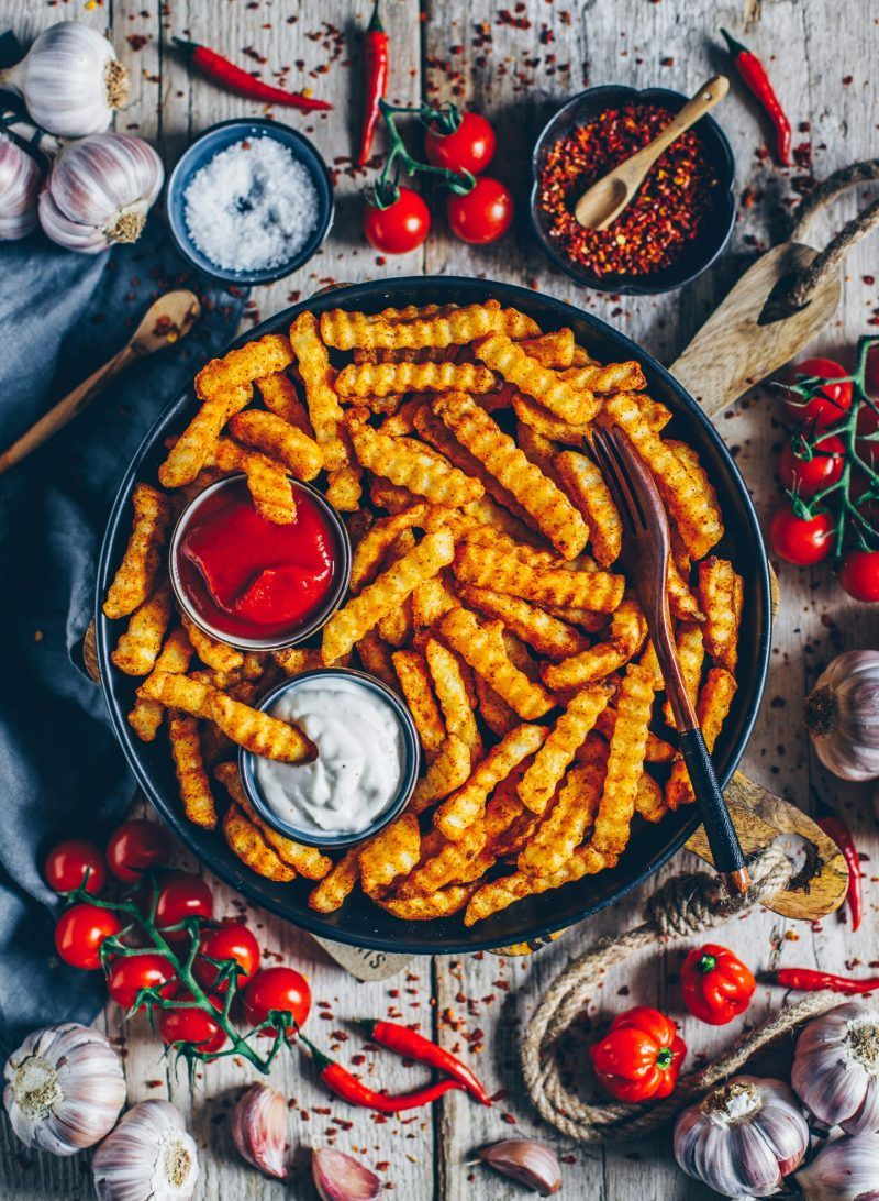Crispy low-fat French Fries with Cashew Mayonnaise (vegan) #potatowedgesselbermachen