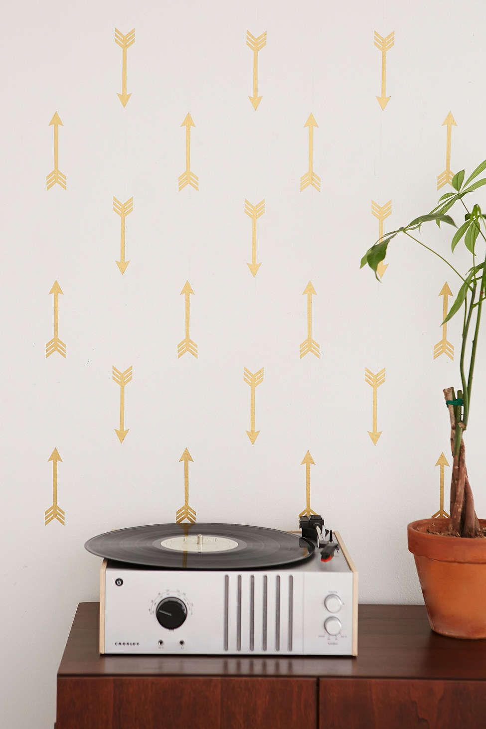 Walls need love flying arrows decal set urban outfitters