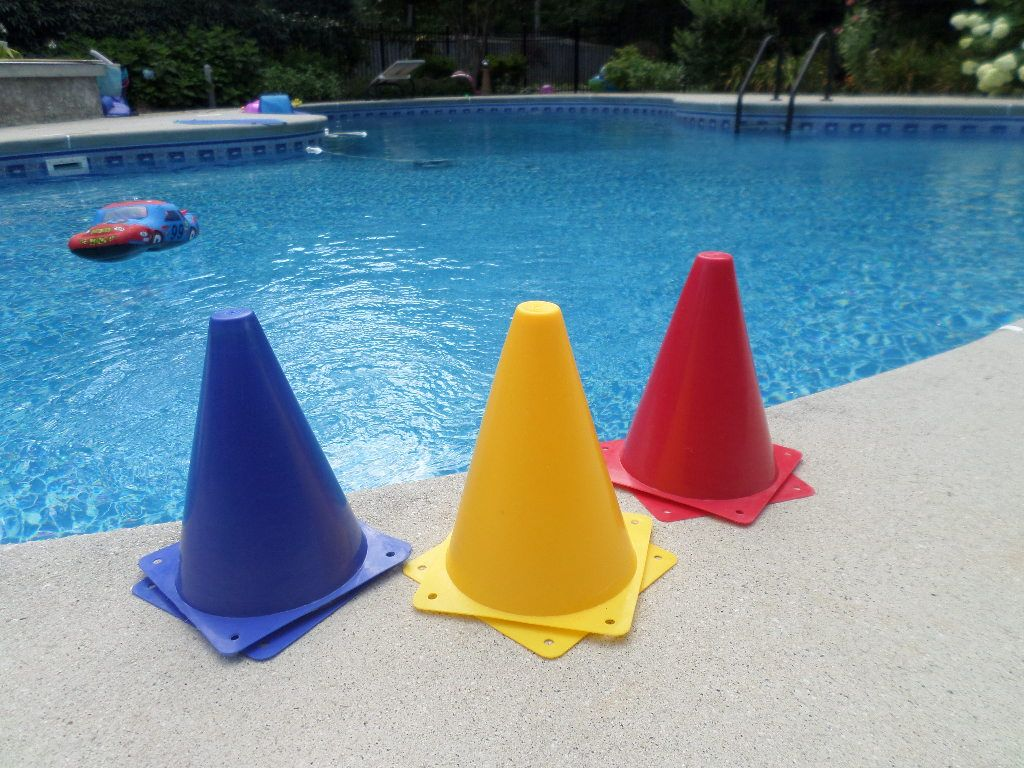 Cars Party Decorations Plastic Blue Yellow And Red Traffic Cones Can Be Used For Cars
