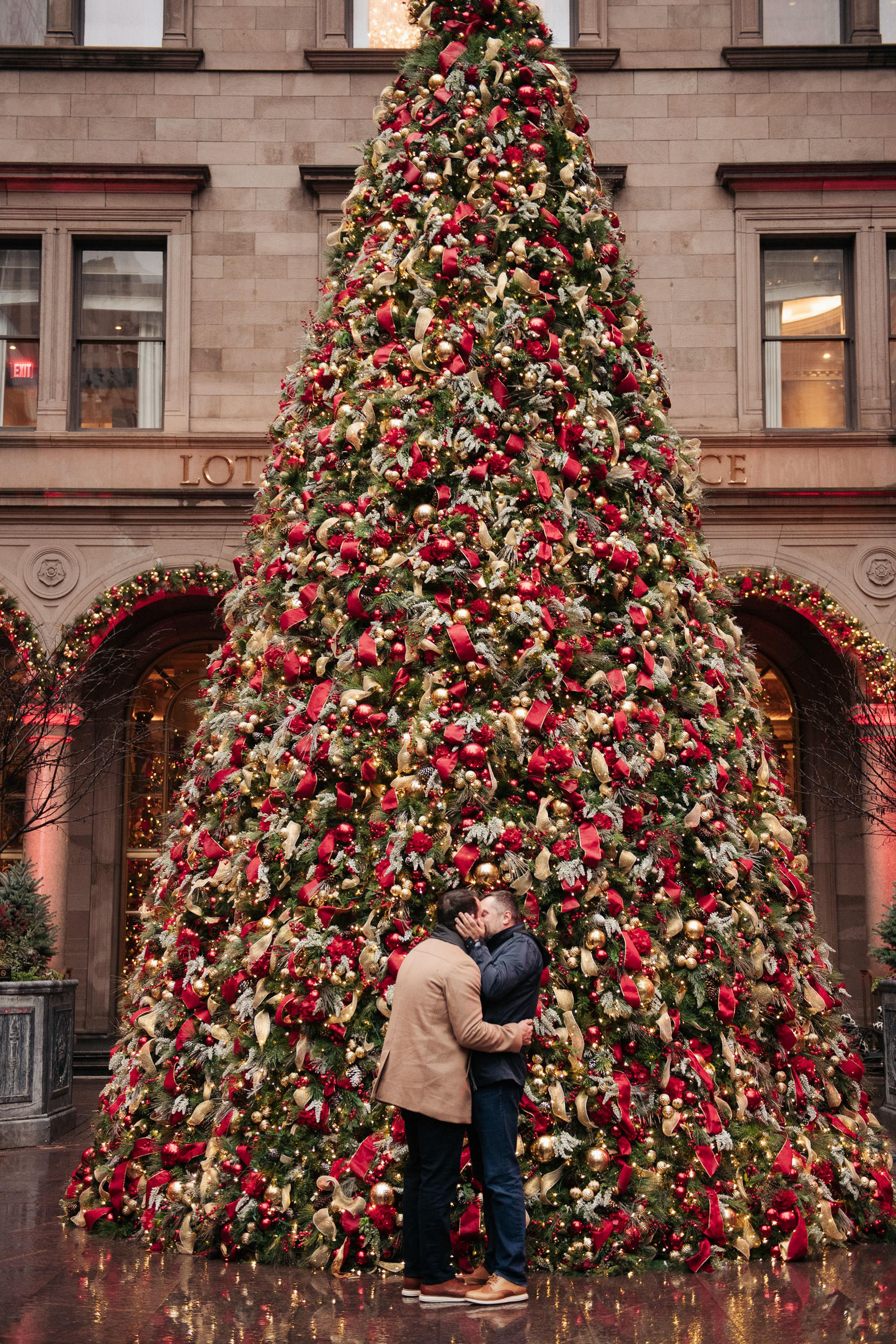 Romantic Christmas Proposal In Lotte Hotel In New York New York In 2020 Romantic Christmas Christmas Proposal Lgbtq Wedding