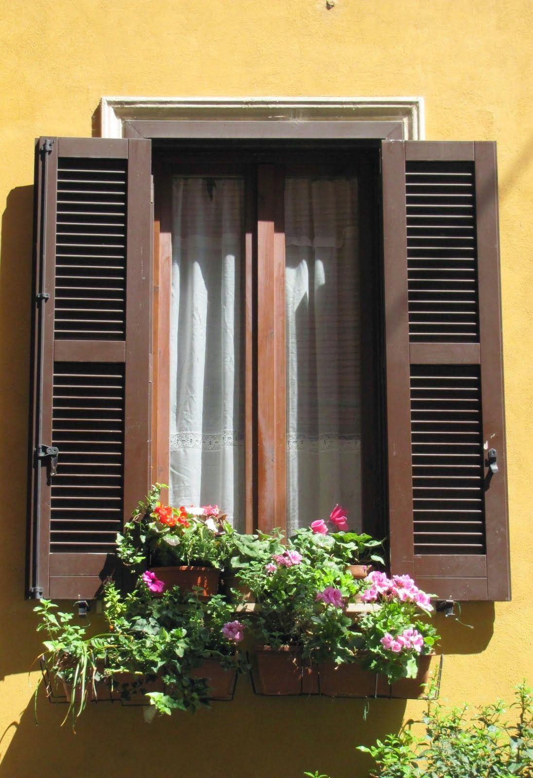 Maleta de recortes ventanas r sticas ventanas en 2019 for Ventanas de madera rusticas precio