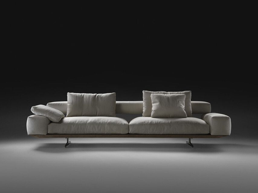Wing sofa plano cocktail coffee and side tables for Novalis arredamenti
