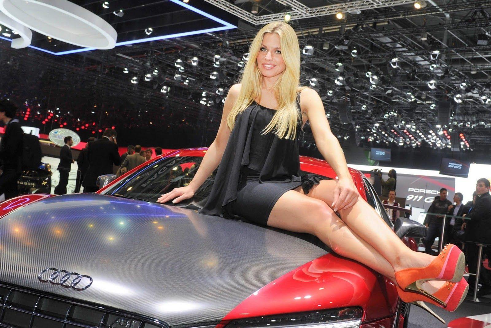 Geneva motor show girls 2013
