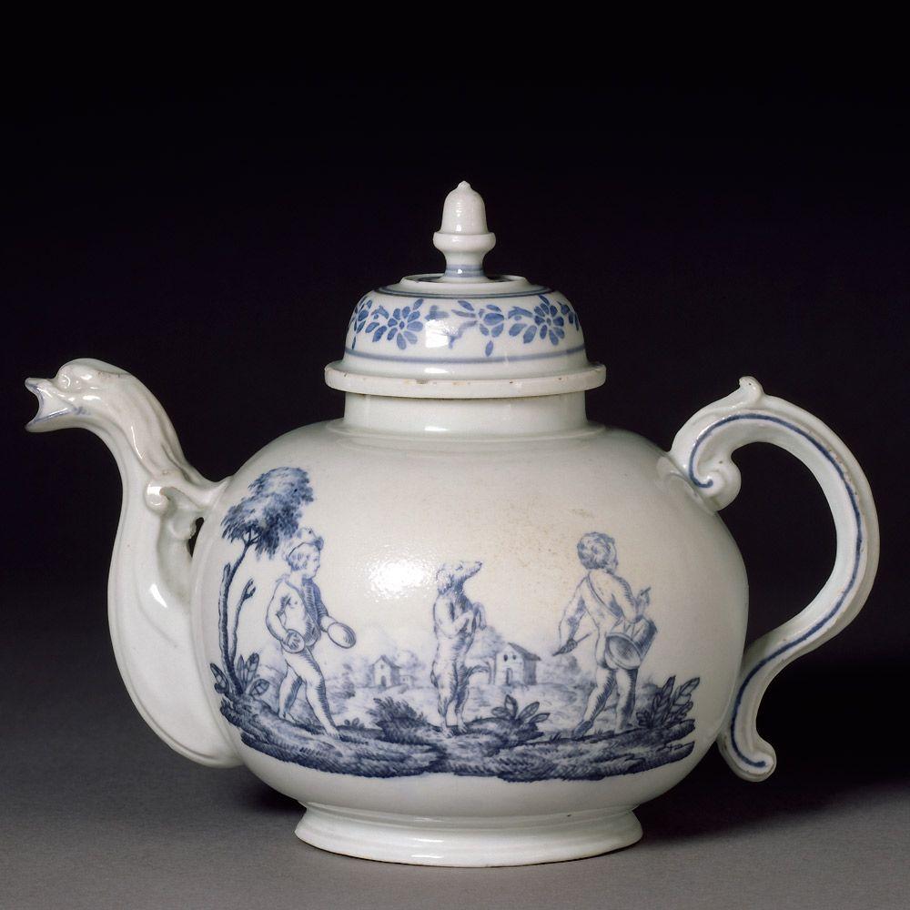 Teapot Doccia Porcelain Factory 1742 1745 Museum No C 407 1928
