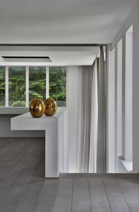 "Design by Olivier Dwek, 2001.  Contemporary Architecture, living room. Lucio Fontana, ""Concetto Spaziale"", Natura, 1967. www.olivierdwek.com"